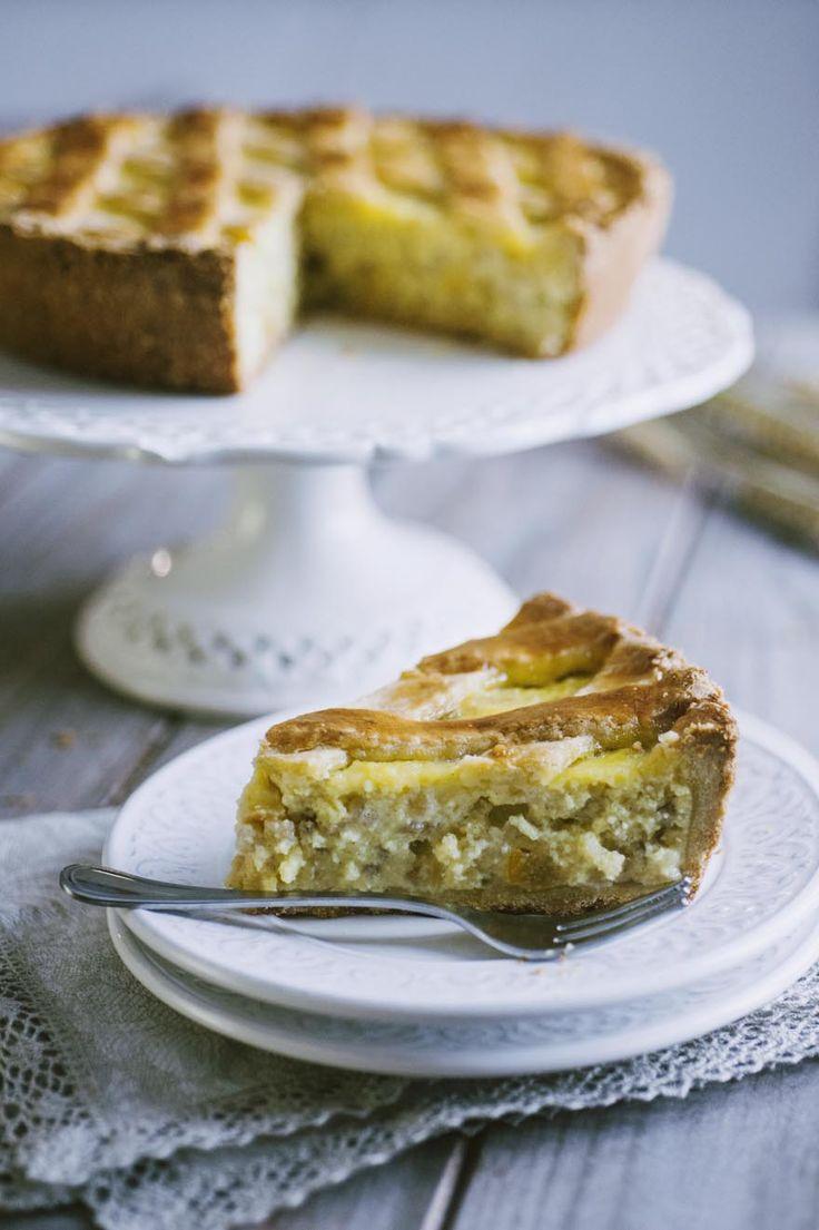 Le sue losanghe e il suo morbido ripieno sono inconfondibili: scopri la ricetta della pastiera napoletana; un classico per la Pasqua!