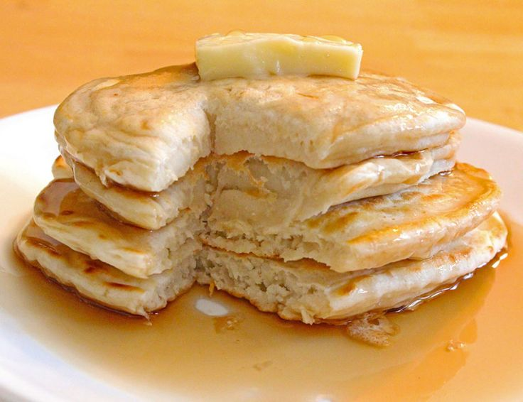 Ingredients: 1 1/2 cup flour 1 tablespoon sugar 2 teaspoons baking powder 1 cup milk 1/2 cup water 1 tablespoon butter Di...