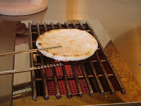 草加煎餅■手焼き体験 1回2枚/300円