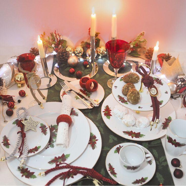 Συνδυάστε τα κόκκινα ποτήρια Kleopatra με ένα μοναδικό σετ πιάτων , από φίνα ευρωπαϊκή πορσελάνη. με σχέδιο το Αλεξανδρινό. Το σετ αποτελείται από : 24 πιάτα ρηχά, 12 βαθιά, 12 φρούτου, 12 γλυκού, 3 πιατέλες οβάλ και 1 στρογγυλή, 2 σαλατιέρες, 4 ραβιέρες, 1 σουπιέρα , μία σαλτσιέρα, 12 ποτήρια του νερού και 12 ποτήρια του κρασιού, κόκκινα , κρυστάλλινα Βοημίας. Θα καταπλήξετε τους καλεσμένους σας!
