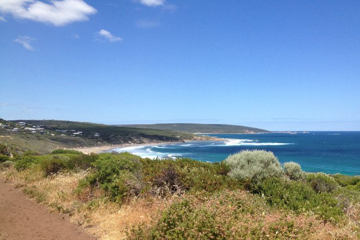 The view towards Yallingup hill while walking from Cape Naturalist to Yallingup.