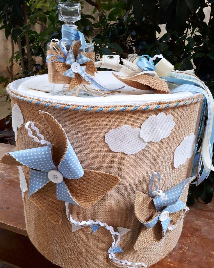 Χειροποίητο κουτί βάπτισης με θέμα τον ανεμόμυλο!
