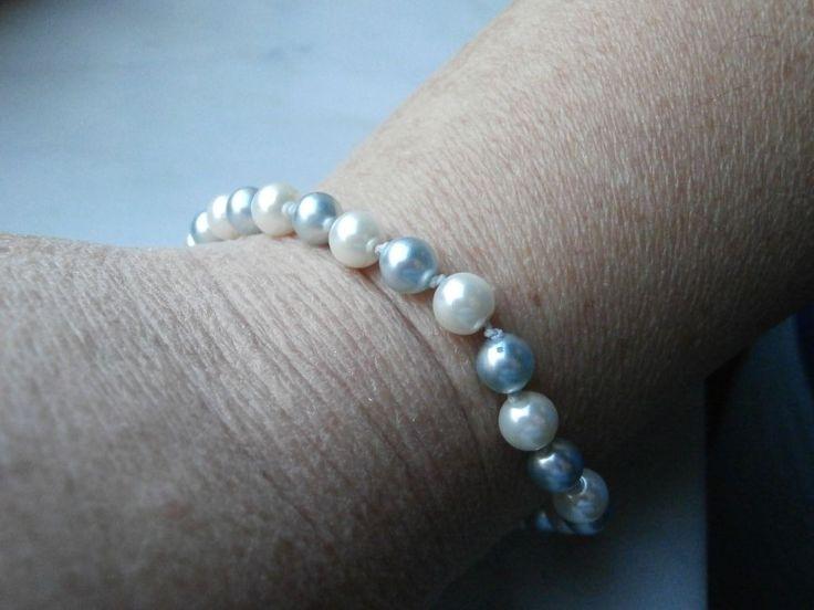 Bracciale con perle bianche e azzurre e cotone (no pelle) : Braccialetti di gioielli-di-giada