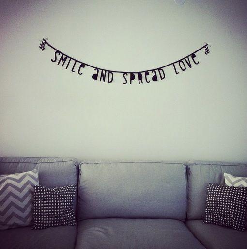 #Wordbanner #tip: Smile and spread love - Buy it at www.vanmariel.nl - € 11,95