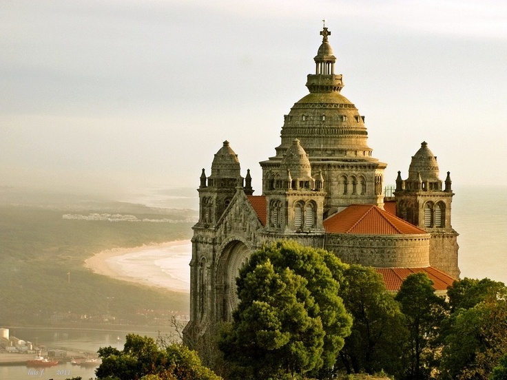 Viana do Castelo - Basílica de Santa Luzia / LUIS FELICIANO: From Santa, Basilica, Castle, Places, Portugal, Holy Luzia