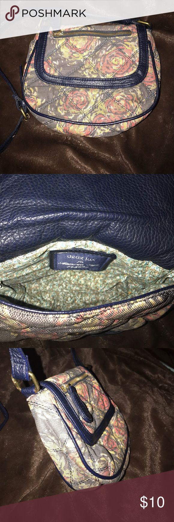 duex lux American Eagle Outfiters cross-body purse floral cross body purse trying to get rid of, super cute and vintage just not my style anymore American Eagle Outfitters Bags Crossbody Bags