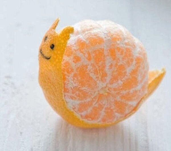 Cómo hacer un caracol con una mandarina