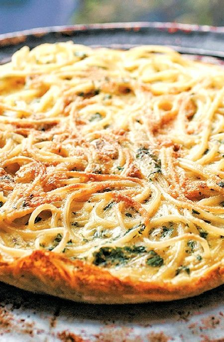 Low FODMAP Recipe and Gluten Free Recipe - Spaghetti frittata     http://www.ibs-health.com/low_fodmap_spaghetti_frittata.html