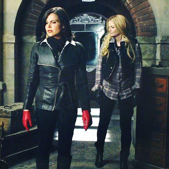 Once upon a time - Jennifer Morrison - Emma Swan - OUAT - Lana Parrilla - Regina Mills - Evil Queen -