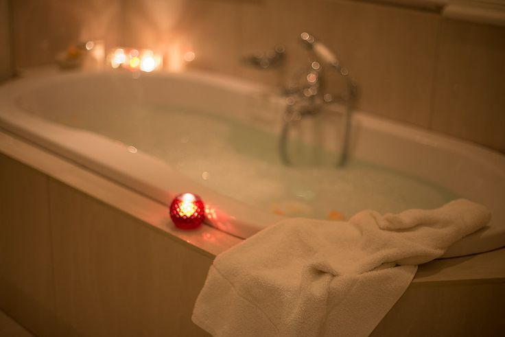 A candlelight bubble bath is the perfect way to recline on a Monday evening at The Last Word Franschhoek. Your own private luxury awaits.