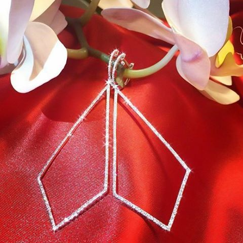 #zarif #kibar #earrings #diamond #pirlanta