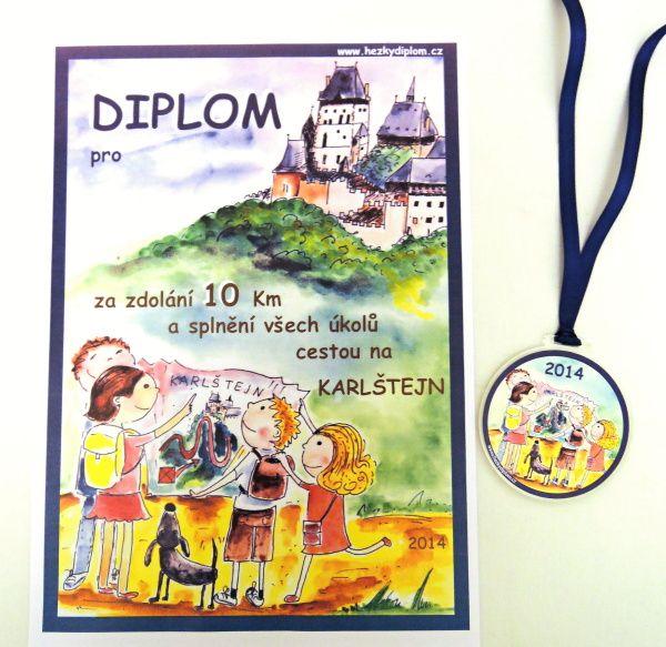 diplom a medaile z výletu na Karlštejn