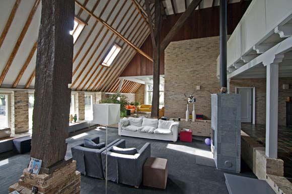 Binnen in een moderne boerderij google zoeken plafond pinterest interieur for Interieur moderne