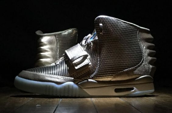 "Nike Air Yeezy 2 custom ""golden child"""