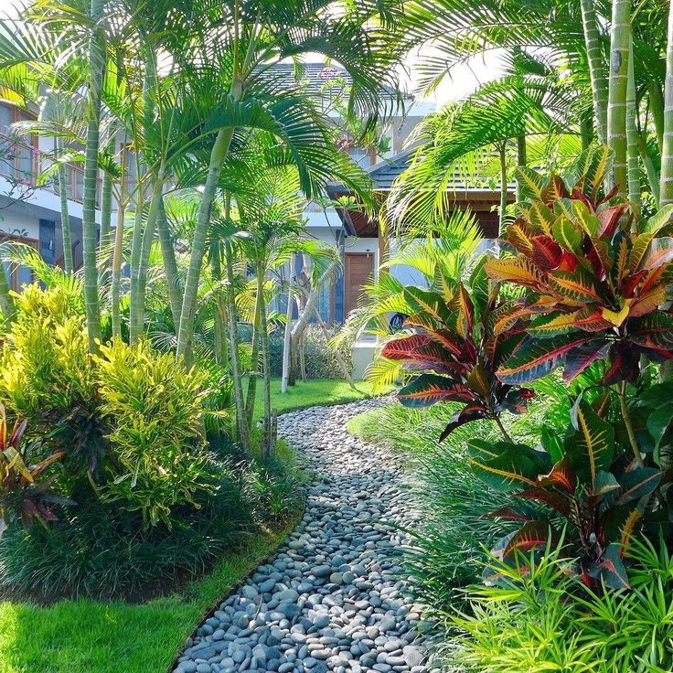 Add some appeal to your garden by putting path or walkways from different areas of your house to the garden.  #bali #balilandscapecompany #balilandscaper #bestinbali #garden #gardendesign #gardenideas #gardeninspiration #grass #instagarden #landscape #landscapearchitect #landscapearchitecture #landscapedesign #landscapedesigner #landscapeideas #landscaping #landscapingideas #taman #thebalibible #tropical #tropicalgarden #tropicalgardendesign #tropicallandscape #pathway #walkway…