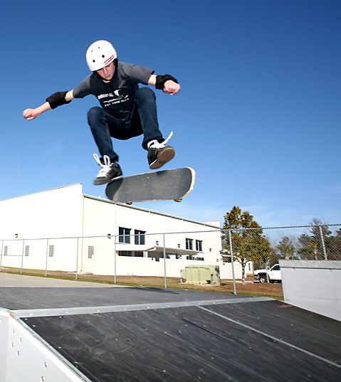 Learn How To Skateboard For Beginners