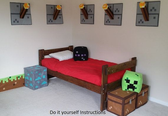 Set of all 6 of my minecraft inspired bedroom decor for Chambre d instruction