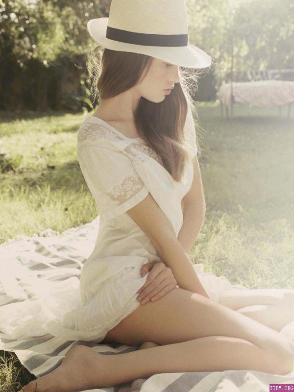 romantic picnic attire :)