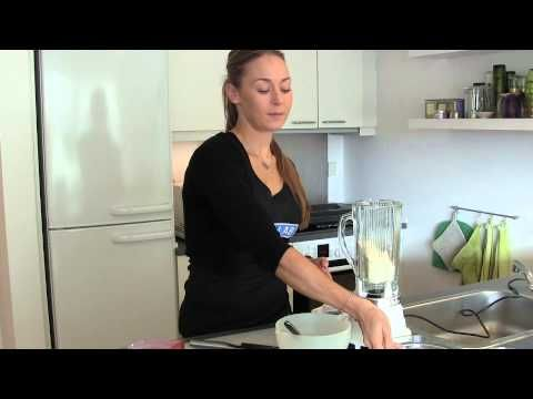 Celestine viser hvordan man laver vanilje-melon proteinmuffins