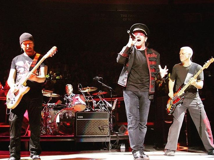 #onthisday in 2005 #U2 performed in Madison Square Garden in New York. During the show, Patti Smith joins the band for Instant Karma