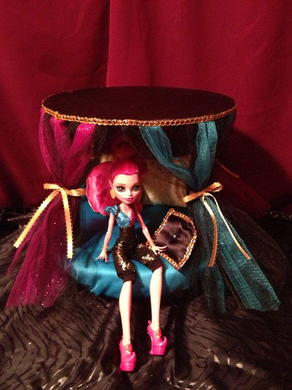 Doll Furniture Round Canopy Bed Gigi Monster High By