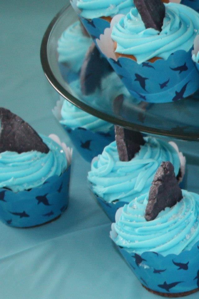 Shark party - cute cupcakes
