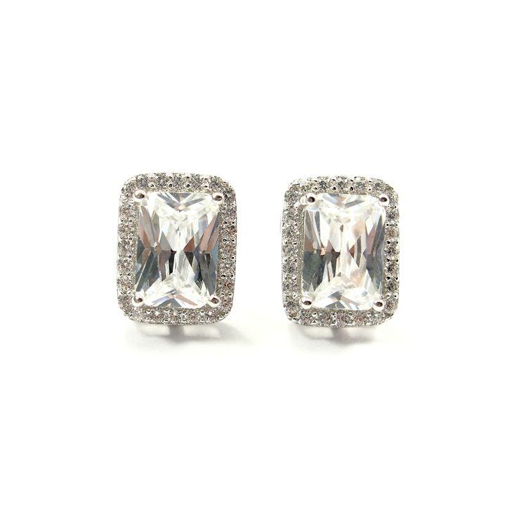 Kolczyki srebrne z cyrkoniami - https://www.bizutik.pl/kolczyki-srebrne-z-cyrkoniami-7811
