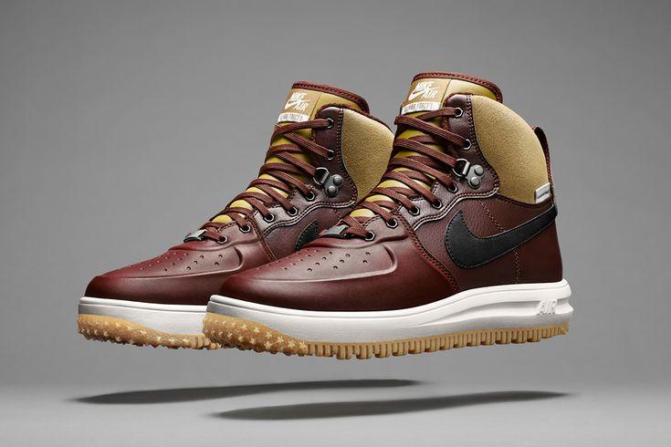 Nike er kommet ud med deres Holiday 2014 SneakerBoot Kollektion som vil hjælpe dig med at bekæmpe det skiftende vejr. Se de nye vinterstøvler / sko fra Nike