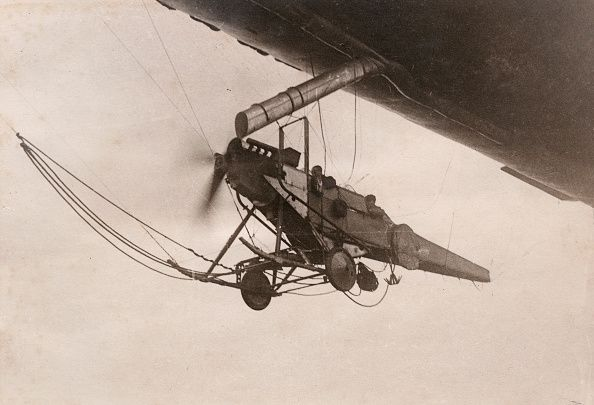 World War I French observation airship In 1916 Aircraft fuselage used as makeshift gondola (?)