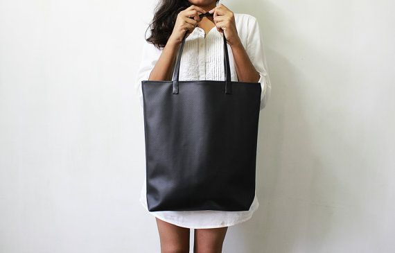 Black Leather Shoulder Bag Shop 38