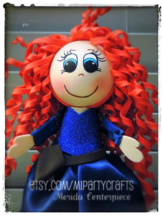 Merida you can customize this centerpiece by changing the color of her clothes, please contact me if you are interested