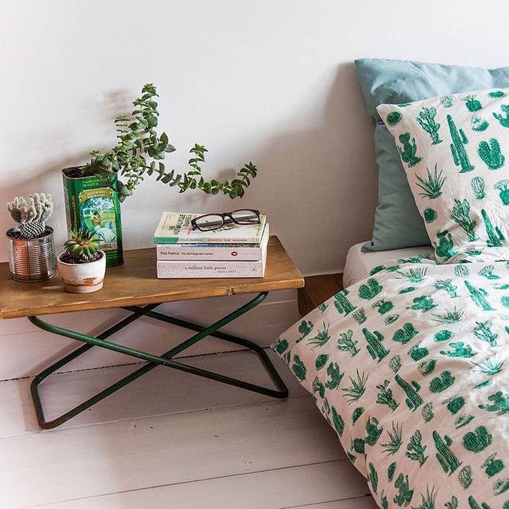 Boa noite amores 🌵💕🌵 Para os amantes de cactos, esse quarto está dos sonhos!! 😉 www.diycore.com.br #cama #cactos #architecture #plantas #diy #decor #decoração #decoration #decoracion #decorating #quarto #bedroom #furniture #homedecor #homesweethome #homemade #homestyle #home #homedesign #instalove #instaphoto #instapic #instagood #instalike #instamood #instadecor #instadesign #bed