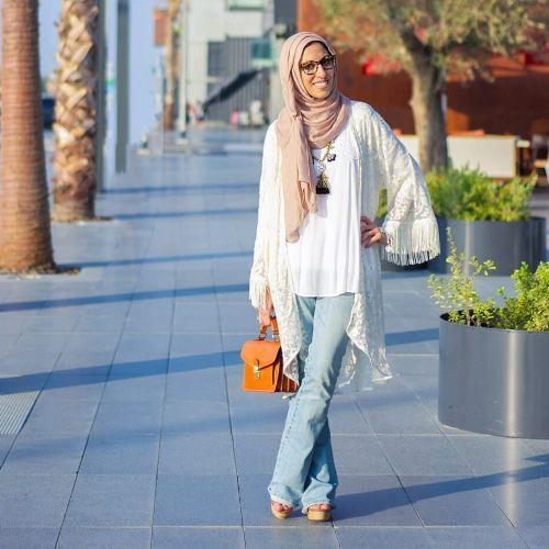 lace kimono hijab style, New trends just for hijab http://www.justtrendygirls.com/new-trends-just-for-hijab/