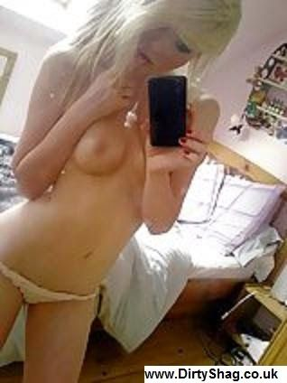 emo-chicks-hott-nude