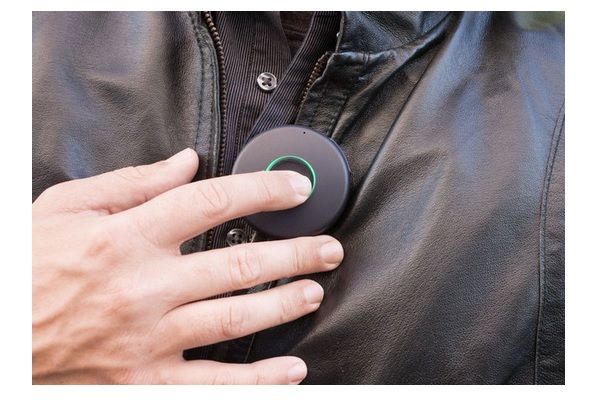 The Onyx, A Wearable Group Communicator - http://www.gadget.com/2014/11/13/onyx-wearable-group-communicator/ communication device, onbeep onyx, onyx group communicator, the onyx