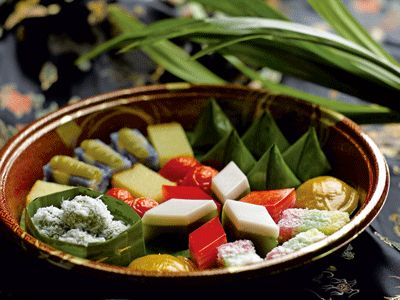 Nonya Kueh - Peranakan sweets! Main ingredients include coconut milk/grating and pandan leaves. Singapore & Malaysia.
