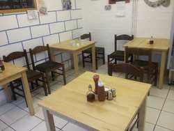 £180 for 4 tables + 20 chairs Restaurant tables and chairs