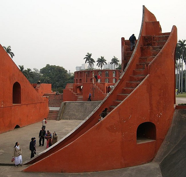This is the Samrat Yantra, the largest sundial in the world (90 feet high), it can be used to tell the time to an accuracy of about two seconds in Jaipur local time. At the Jantar Mantar observatory in central New Delhi