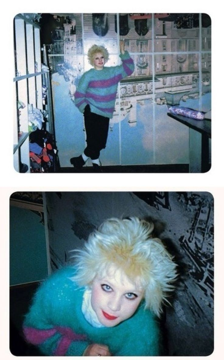 """Debbie Juvenile inside Seditionaries, 1977. Photos © Simon Barker. Simon Barker's """"Punk's Dead"""""""