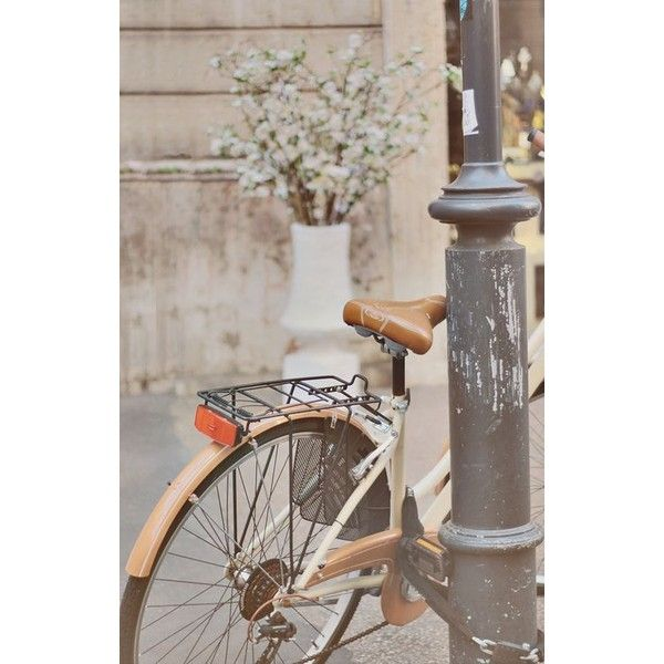 Biciclete Vintage ❤ liked on Polyvore featuring jewelry, vintage jewelry, pin jewelry, vintage jewellery, heart jewelry and vintage heart jewelry