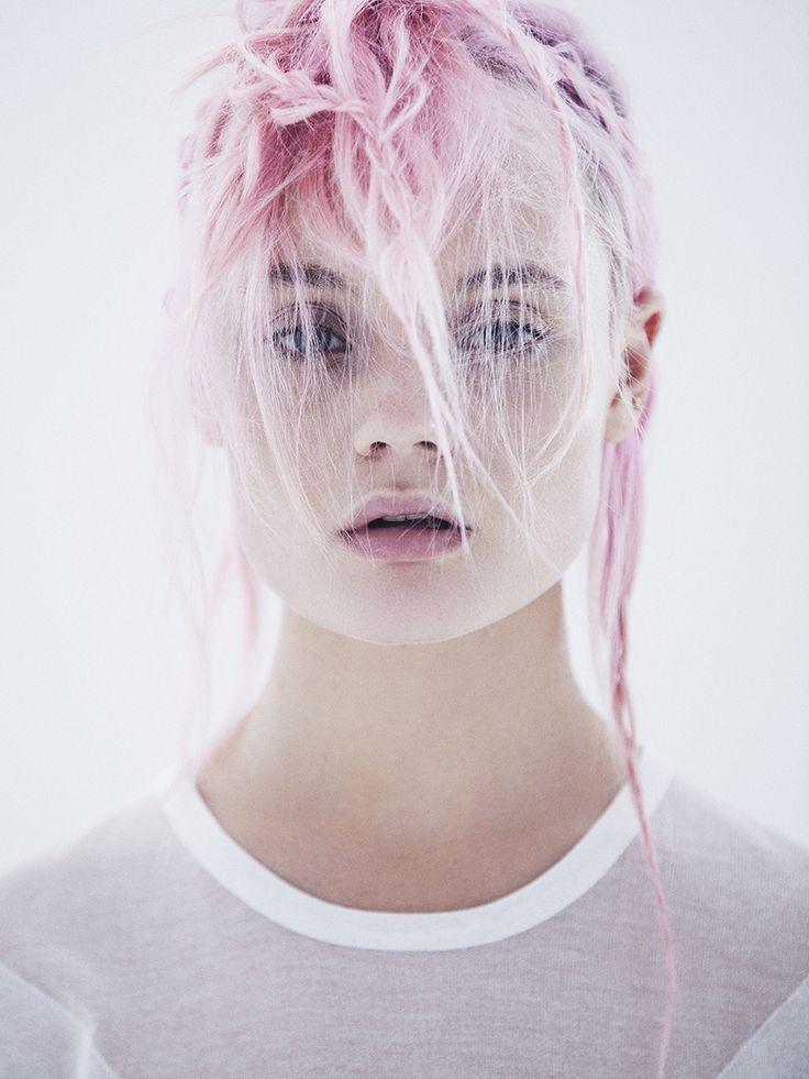 Photographe: Paul Morel  Stylisme: Julie Cristobal  Model: Nastassja Van Der Merwe @icemodelscpt