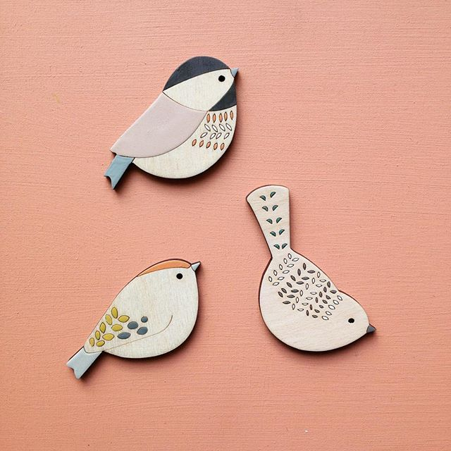 3 of my favourites, Coaltit, Goldcrest and Nuthatch - all ready for the Havelock Winter Weekend this Saturday and Sunday in Forest Hill. #annawiscombe #birdbrooches #birds #havelockwinterweekend #goldcrest #nuthatch #coaltit