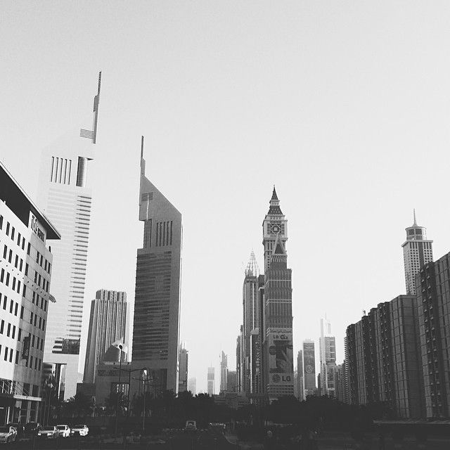 In a city with lots of skyscrapers, lots of skyline, the life seems bigger than it is. But is it real or just a mere illusion..? #ksography #iphoneography #dubai Photo taken by @Kuriakose Sebastian
