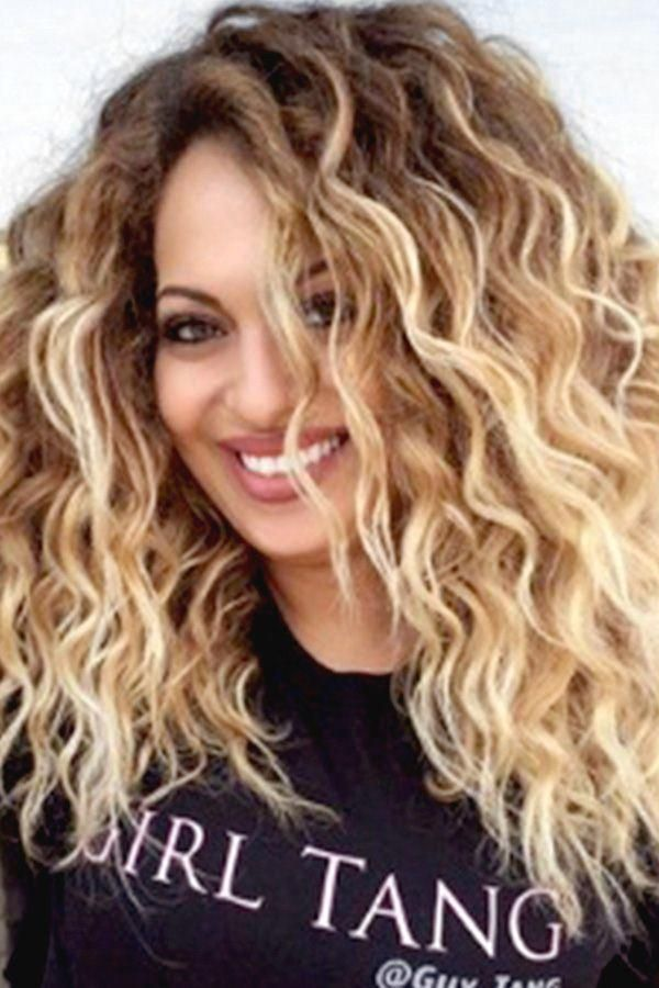 Women Blonde Ombre Fluffy Wavy Long Wig One Size