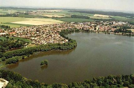Letecký pohled Dolní Benešov