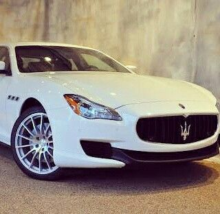 #Maserati #Quattroporte #italian #luxury #sedan #beautiful #3ltr #Diesel officially launching here 1st booking done delivery by Oct 10.#happy #moredealscoming ☺