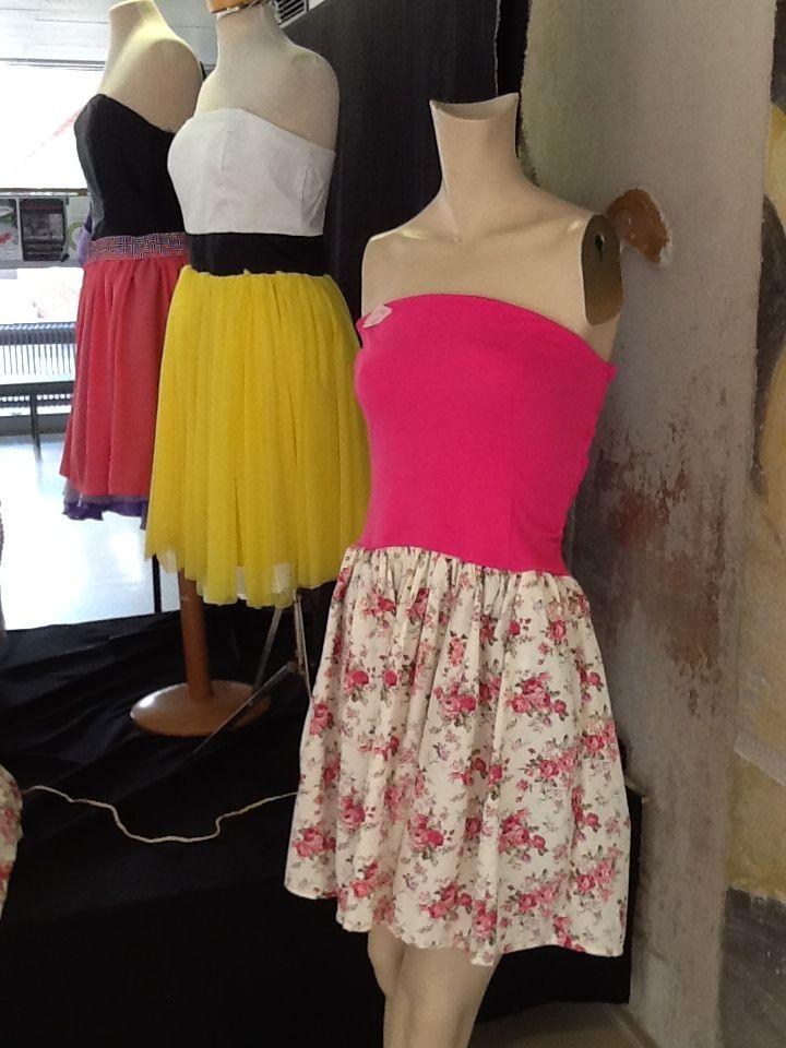 Valman mekko, trikoo yläosa ja puuvillakangas alaosa.