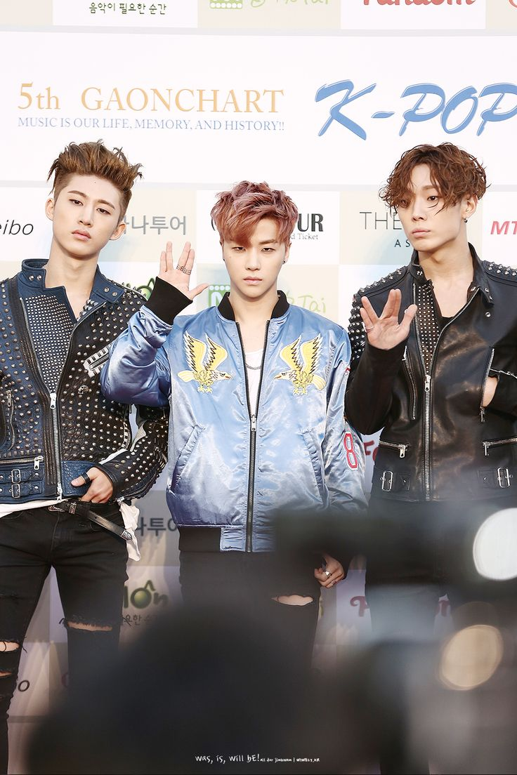 160217 B.I, Jinhwan, & Bobby @ Gaon Chart K-pop Awards 2016 Red Carpet © WAS, IS, WILL BE! | DO NOT edit.