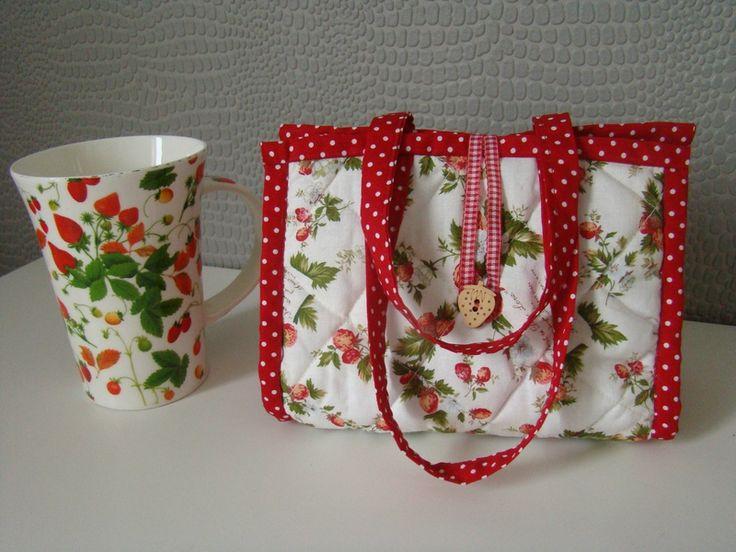 mug bag tuto couture pour la cuisine. Black Bedroom Furniture Sets. Home Design Ideas