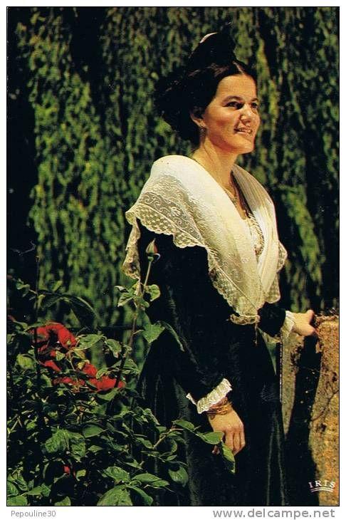 Catherine Bon  11ème Reine d'Arles  (1981-1984)